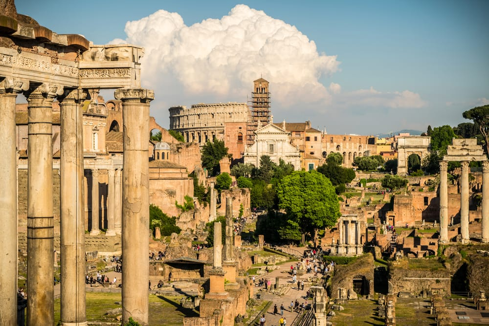 Det Romerske Forum - Rom i Italien