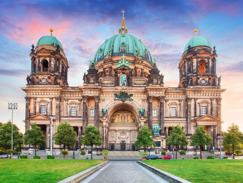 Fly Og Hotel Berlin