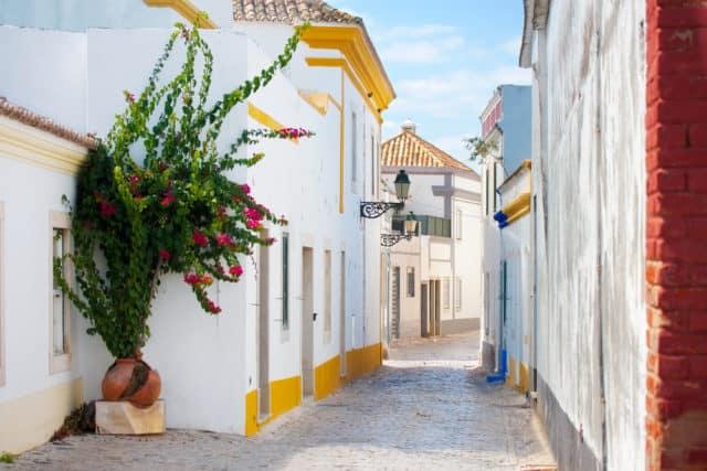 Faro ved Algarvekysten i Portugal