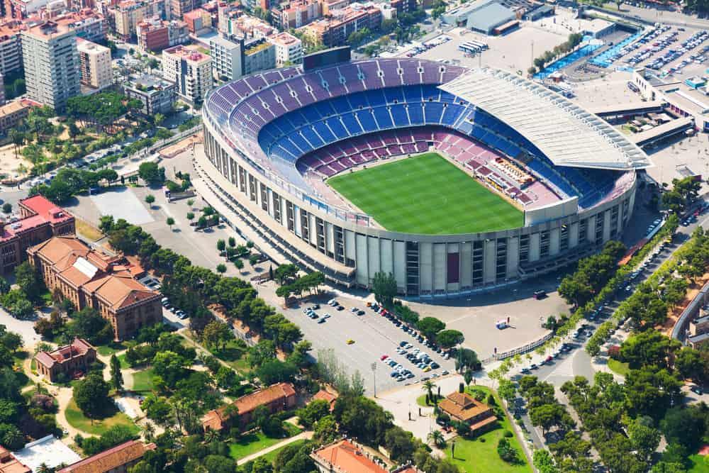 Barcelonas største stadion - Camp Nou - set fra oven
