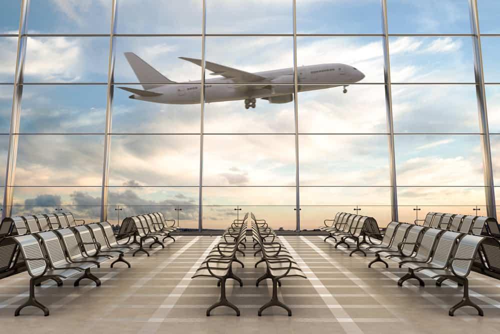 Fly letter fra lufthavn