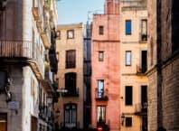 Klassiske husfader i El Born-bydelen i Barcelona