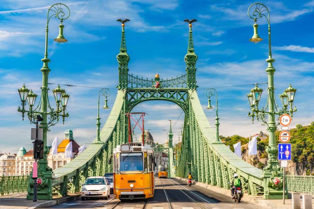 Liberty Bridge - Budapest i Ungarn