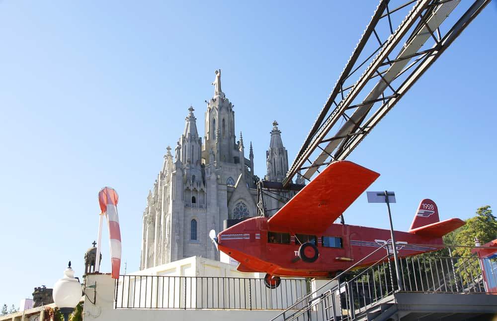 Tibidabo Amusement Park i Barcelona